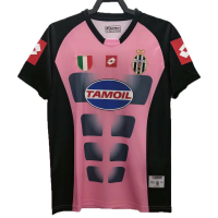 Juventus Retro Soccer Jersey Goalkeeper Replica 2002/03